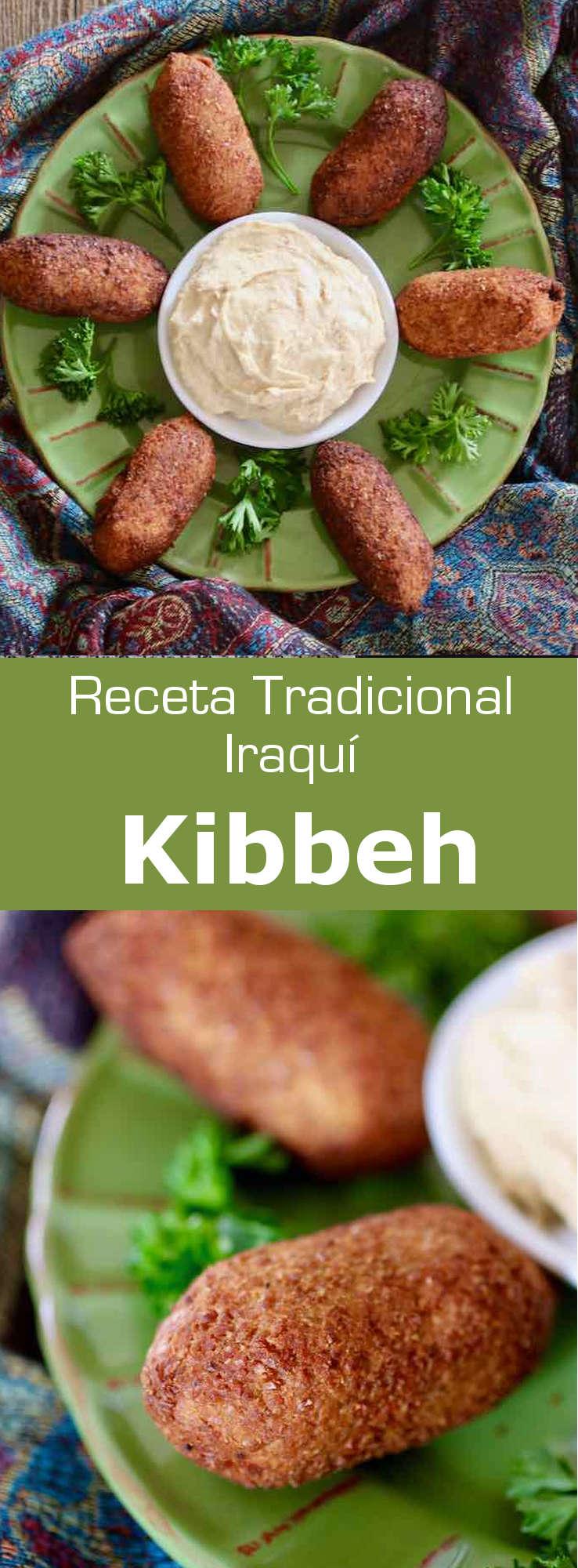 El kibbeh es una albondiga en forma de torpedo que se prepara con carne molida de cordero o ternera, envuelta en bulgur o arroz, y luego, se fríe.