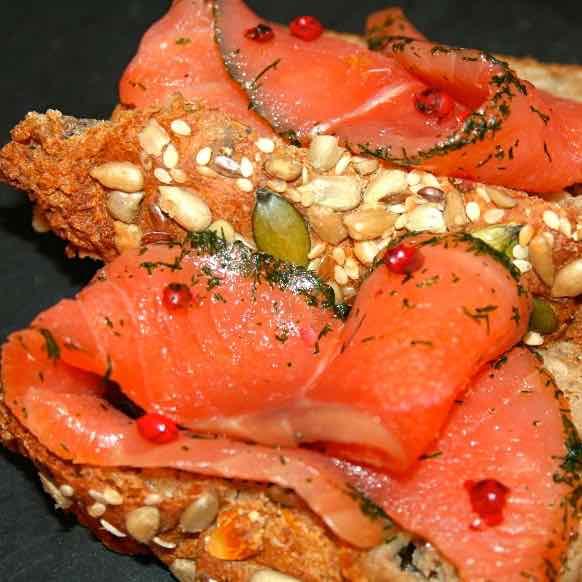 Salmon Gravlax & Grovbrød - Norwegian Recipes   196 flavors