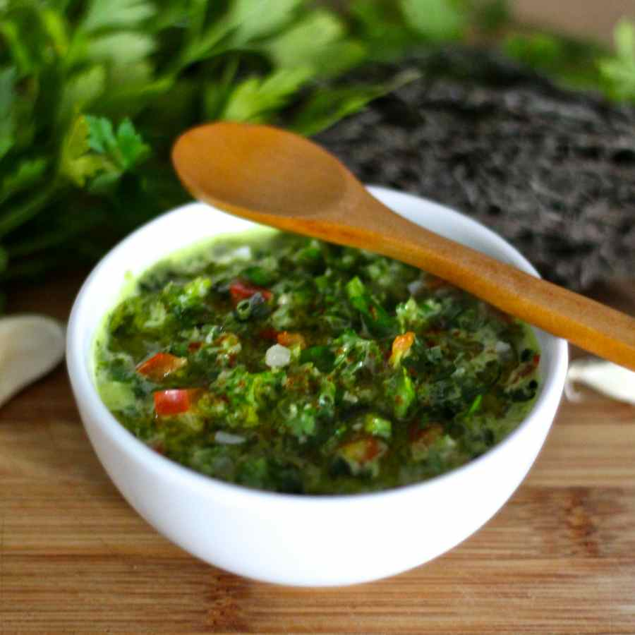 how to make authentic chimichurri sauce