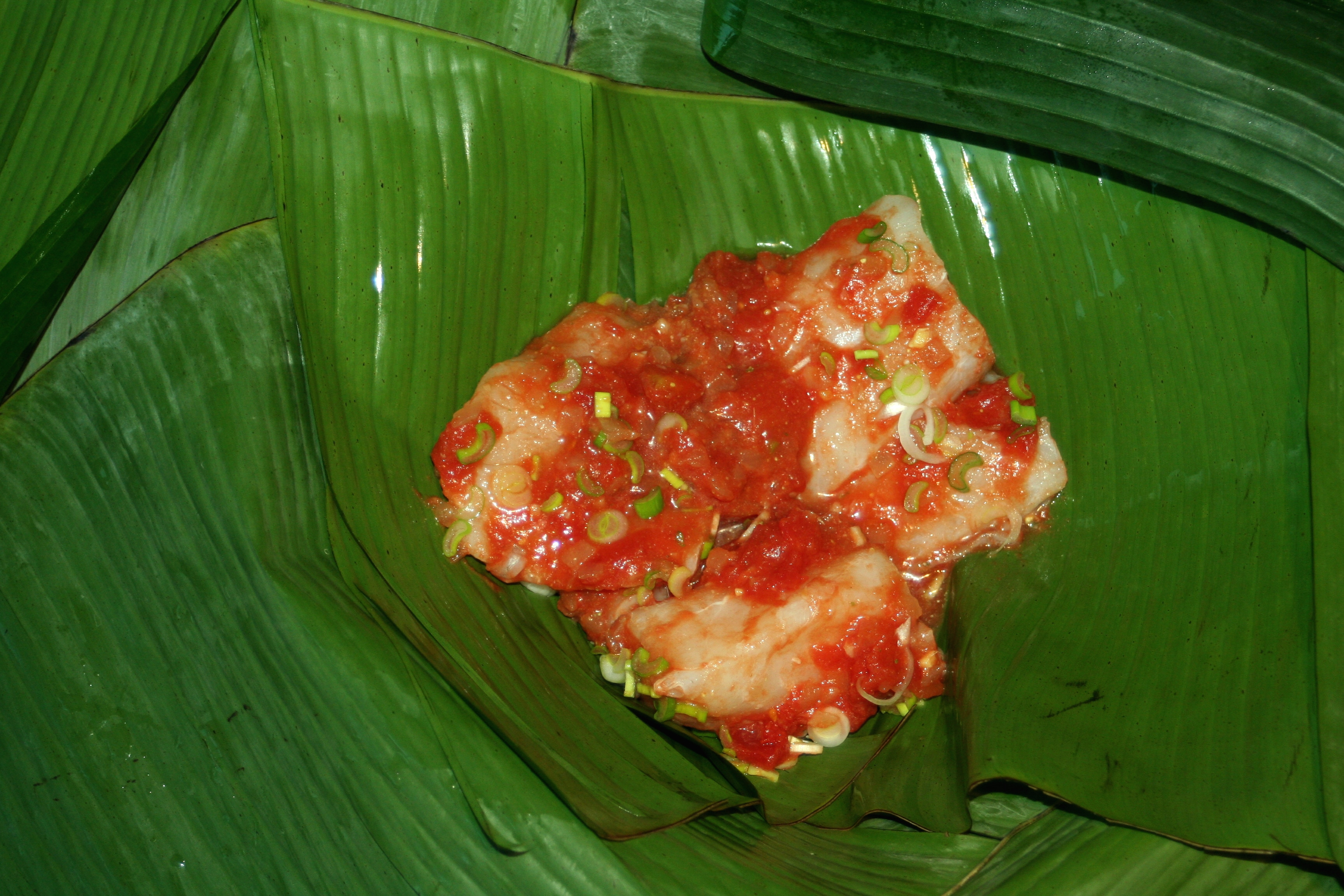 ... fish with banana liboké de poisson grilled fish in banana leaves