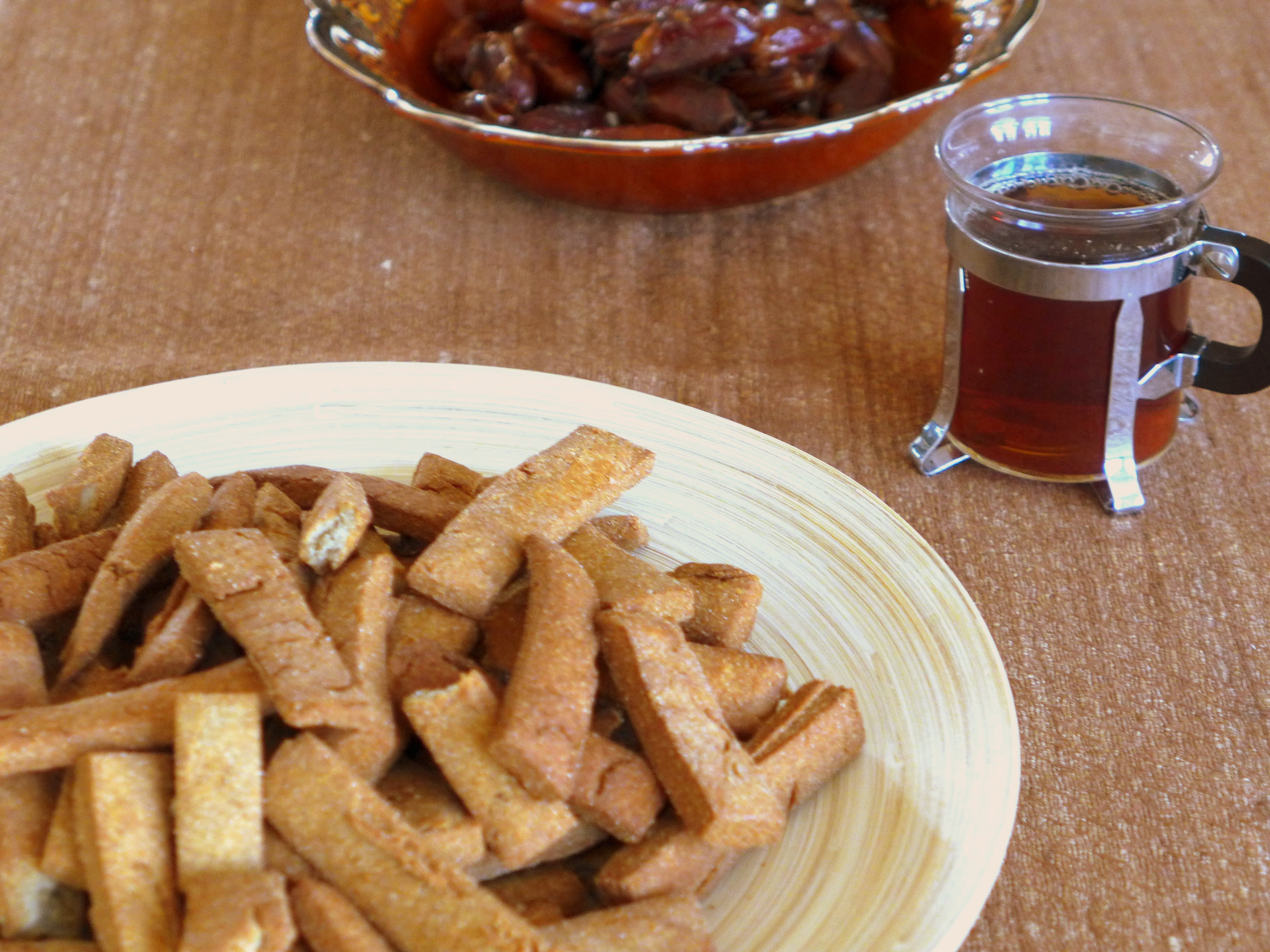 Chad - Millet Snacks Ouaddai - with tea and dates