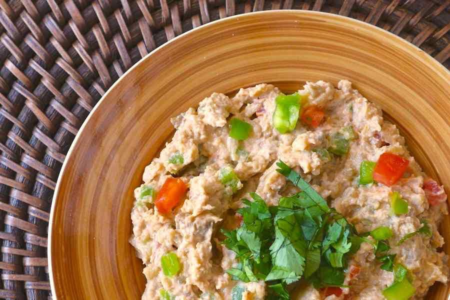 salata aswad be zabadi