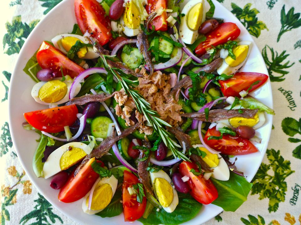 French salade nicoise