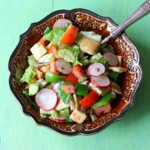 Lebanon: Fattoush salad
