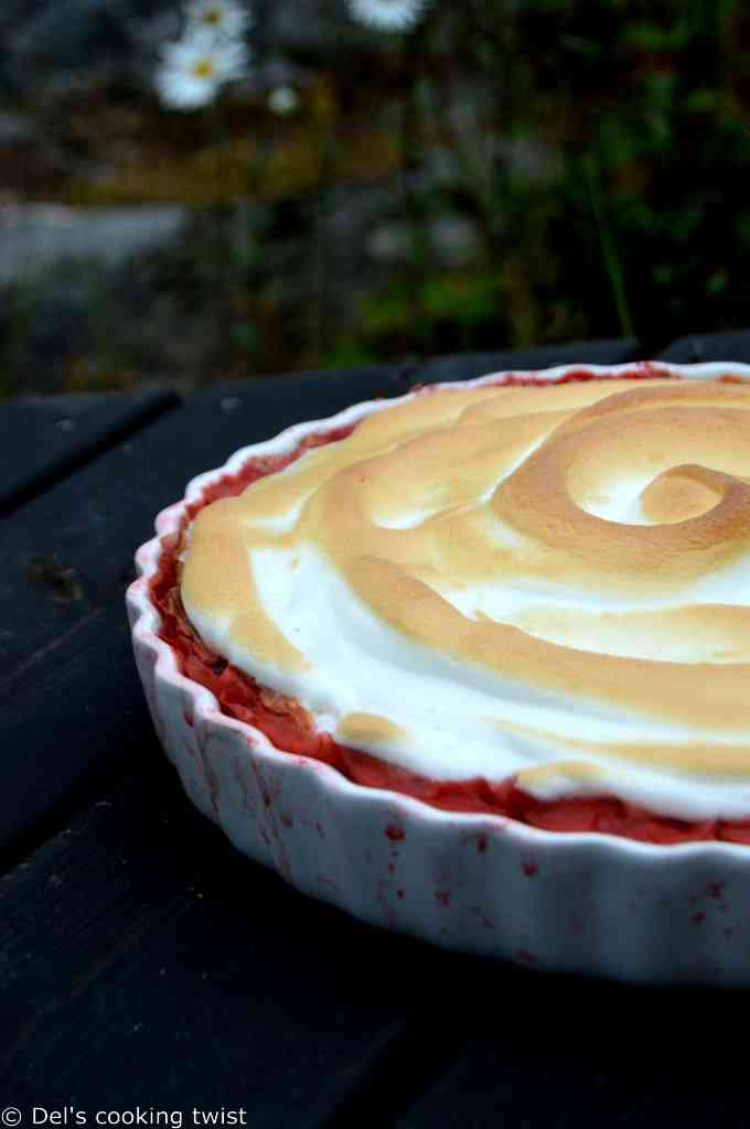Meringue Strawberry Rhubarb Pie