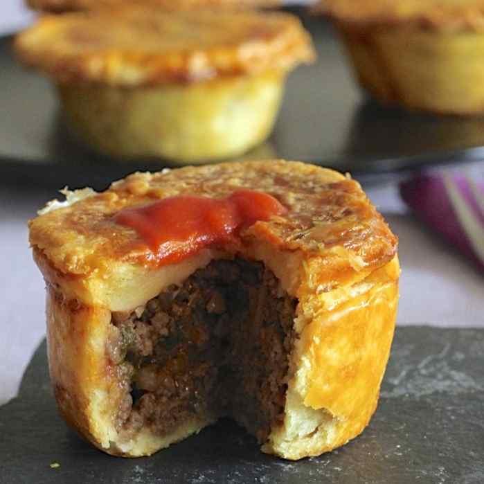 Meat Pie - Authentic Australian Recipe   196 flavors