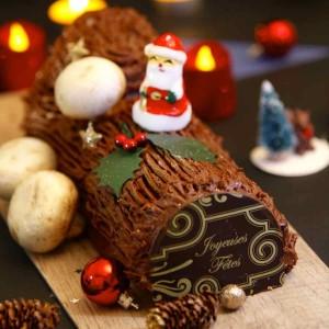 France: Chocolate Yule Log (Bûche de Noël)