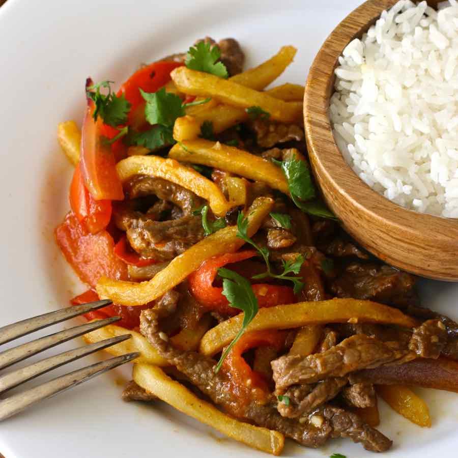 Lomo saltado traditional peruvian recipe 196 flavors forumfinder Choice Image