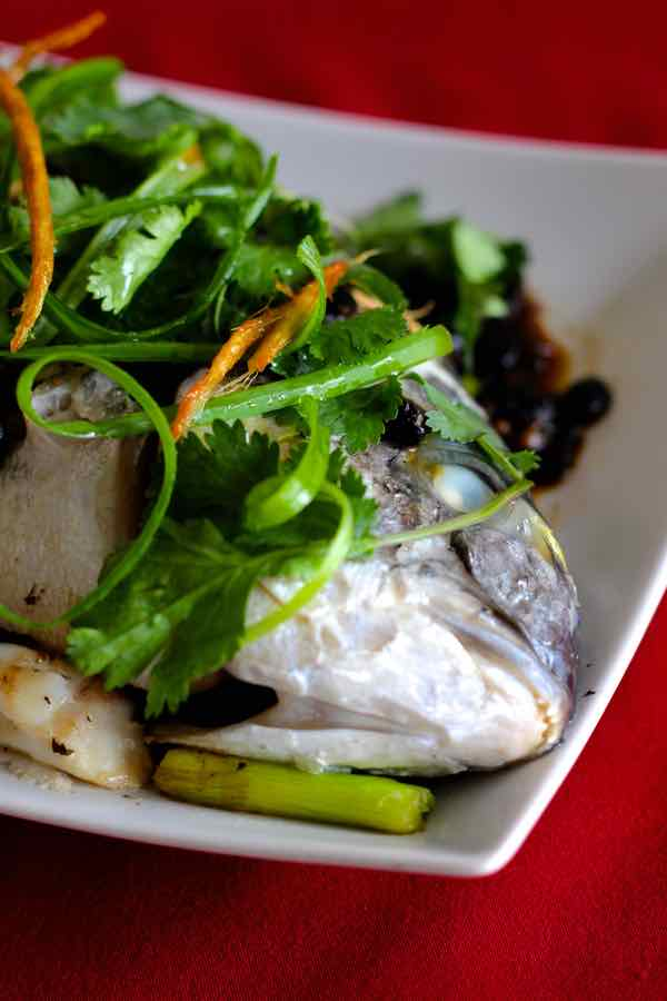 Steamed fish traditional chinese recipe 196 flavors for Chinese steamed fish