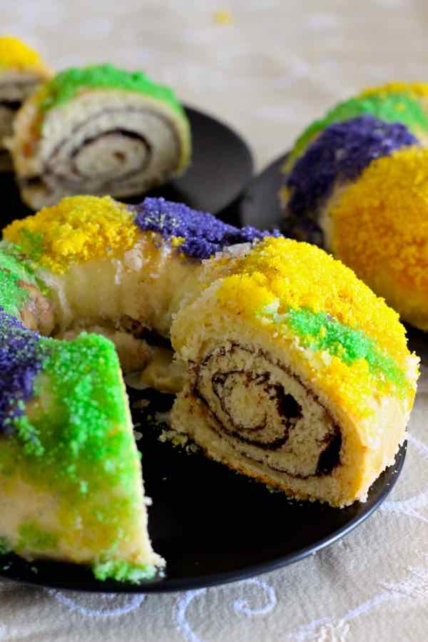 Traditional King Cake Sour Cream