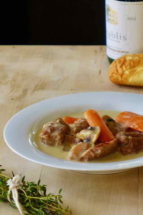 blanquette de veau recette traditionnelle fran aise 196 flavors. Black Bedroom Furniture Sets. Home Design Ideas