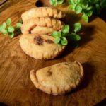 Paraguay: Pastel Mandi'ó (Empanada de Mandioca)