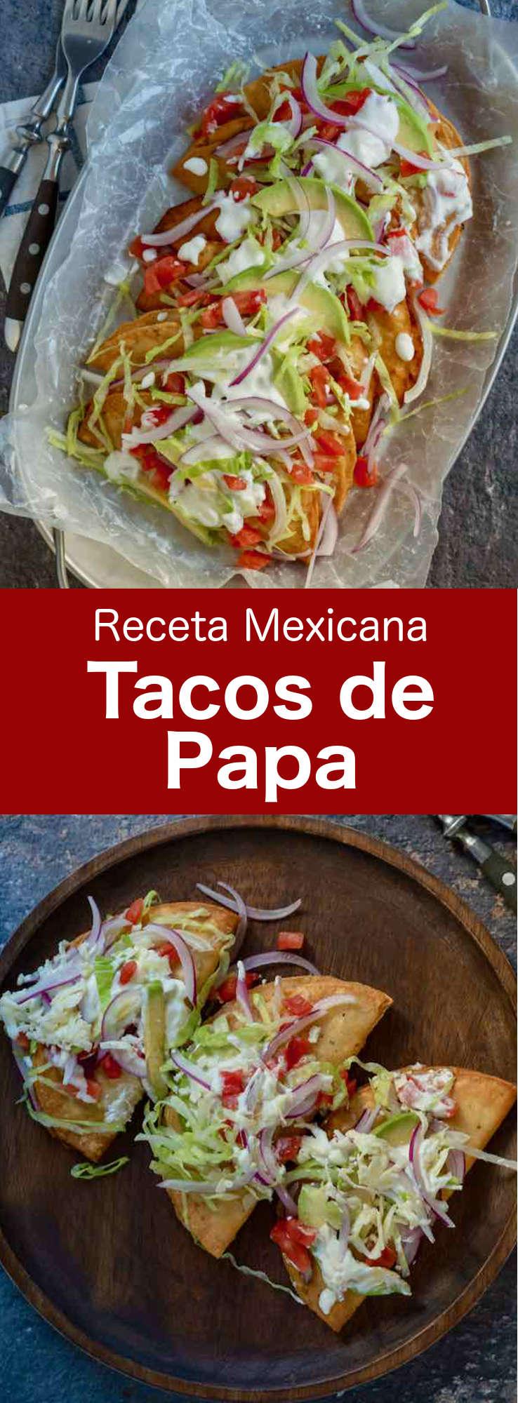 Los tacos de papa son crujientes tacos fritos rellenos con puré de patata sazonado y generosamente cubierto con queso panela, cebolla, tomate y lechuga.