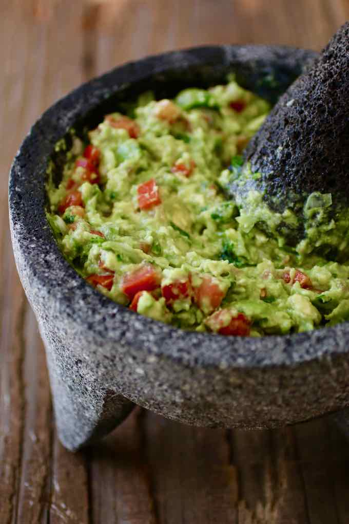 Guacamole - Traditional Mexican Dip Recipe | 196 flavors