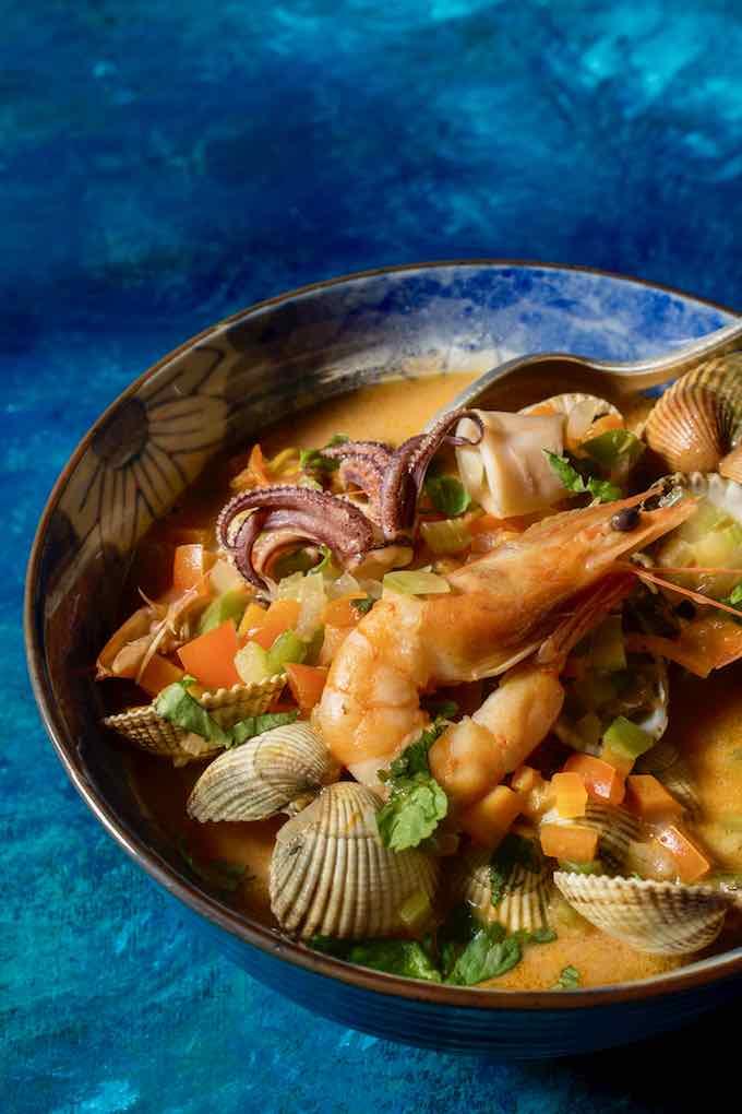 cazuela de mariscos tradicional