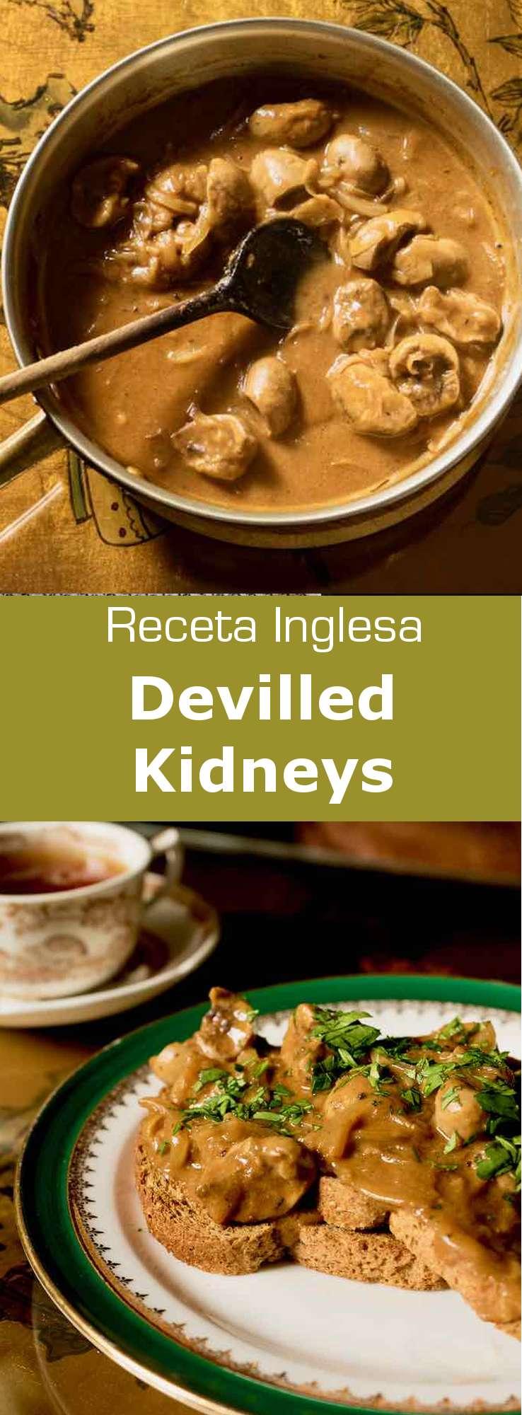 Los devilled kidneys son un plato de desayuno británico tradicional compuesto de riñones de cordero que se cocinan en una salsa delicadamente picante.