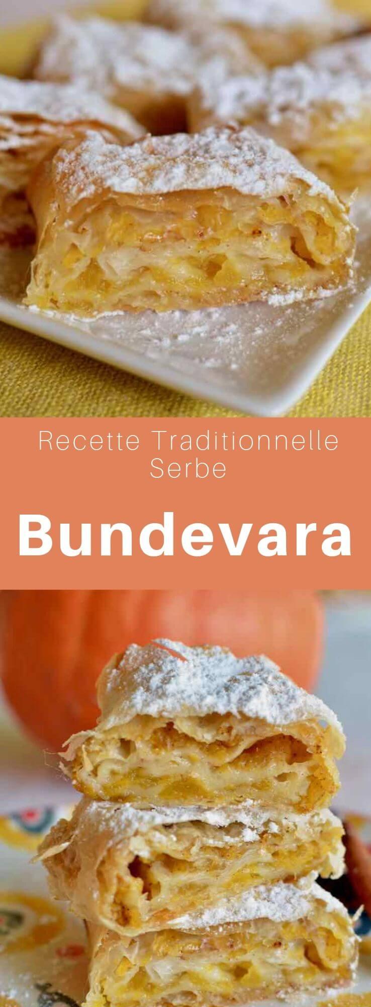 Le bundevara est une délicieuse pâtisserie traditionnelle serbe à base de pâte phyllo garnie de citrouille et cuite au four. #Serbie #RecetteSerbe #CuisineSerbe #Balkans #CuisineDuMonde #196flavors