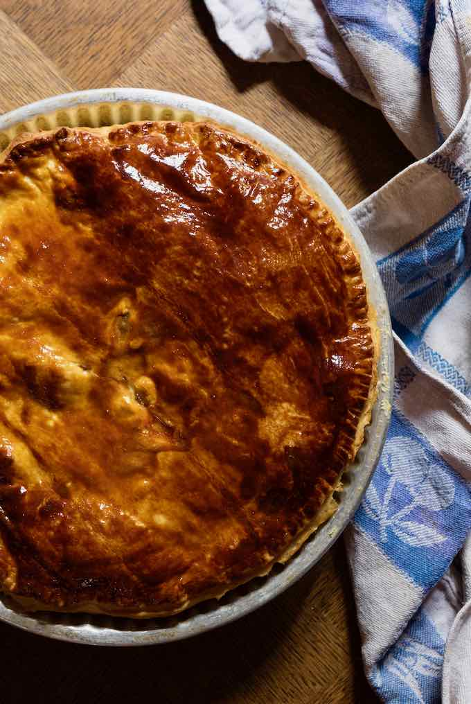 authentic bacon and egg pie